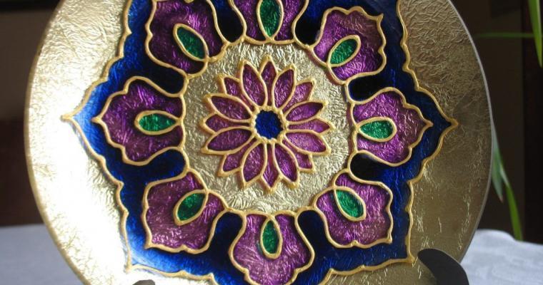 Üvegre festett mandalák