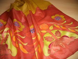 Kézzel festett selyemsál női motívummal