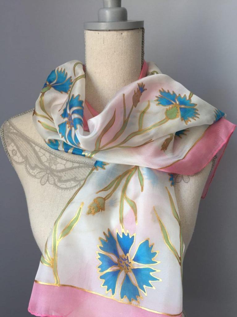 kézzel festett selyemsál búzavirággal