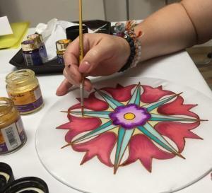 Selyem mandala festő workshop